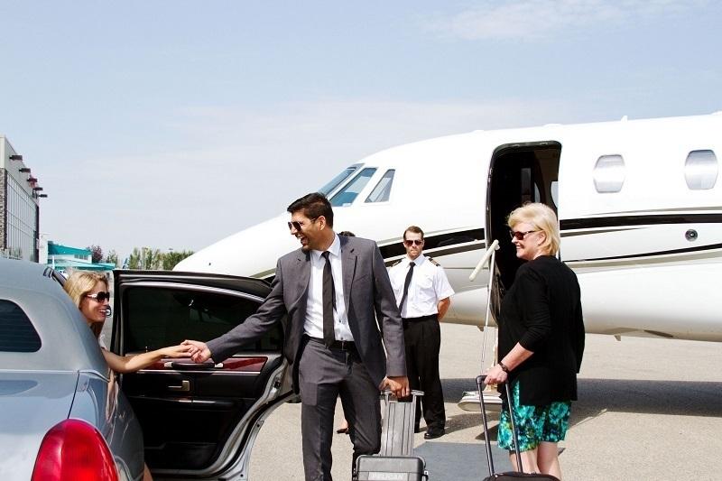 Riga Airport Transfers local